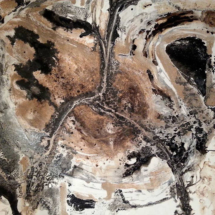 La hélice. Tamaño 80 x 100 cm. Pigmentos y acrílico en lienzo.